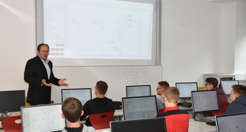 EFFICIENT ENGINEERING WITH EPLAN AS A TEACHING SUBJECT AT HTL WELS